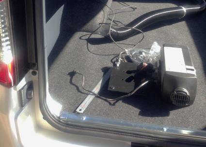 NV350キャラバンにベバストFFヒーター取付