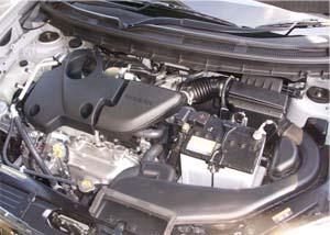 T31エクストレイルのエンジンルーム