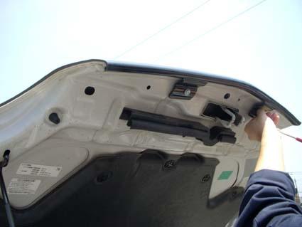 T30エクストレイル用バグガード(フロントプロテクター)を取付
