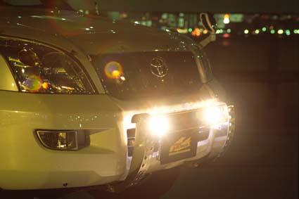 ランクル120プラド LED DOTARMのフォグランプを点灯
