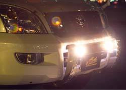ランドクルーザー120プラド用ランプバー LED DOTARMのフォグランプ
