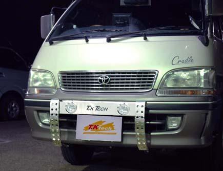 ハイエースワゴン用LED DOTARM(LEDランプバー)
